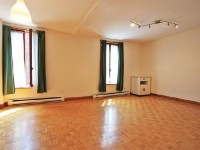 Lovely 2-3 bedroom furnished apt.near Campus