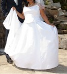 BRAND NEW BRIDE'S WEDDING DRESS AND ACCESSORIES FOR SALE