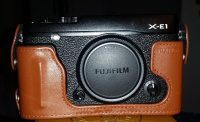 Camera Fujifilm X-E1 with half leather case