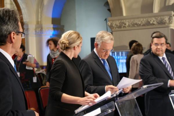 Photograph-Mayoral-Debate-2013-10-09