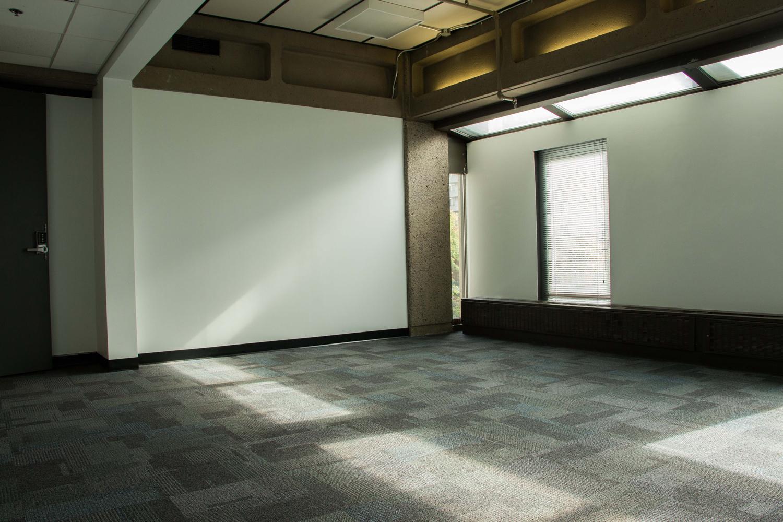 White-Room-(4)