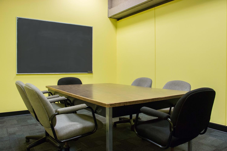 Salle jaune (436) - Centre Universitaire