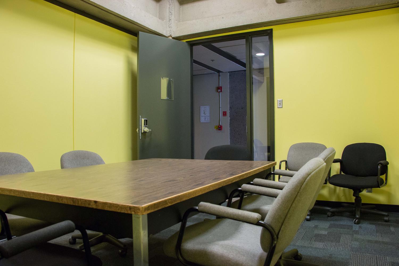 Yellow-Room-(2)